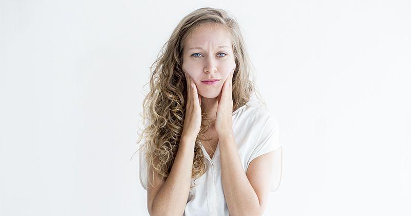 Kulit Wajah Berminyak Kenali 7 Faktor Penyebab Utamanya