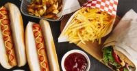 Perempuan Terlalu Sering Makan Junk Food Lebih Sulit Hamil
