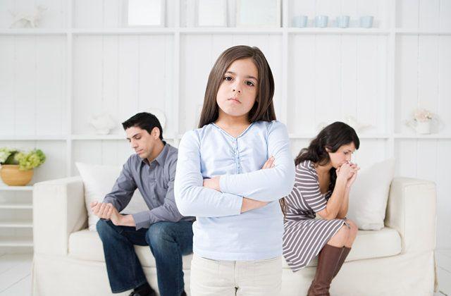 Tidak Mudah, Begini Cara Membicarakan Perceraian Kepada Anak