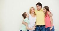 3. Mencontohkan disiplin anak