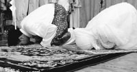 5 Manfaat Mengajak Istri Shalat Tarawih Berjamaah