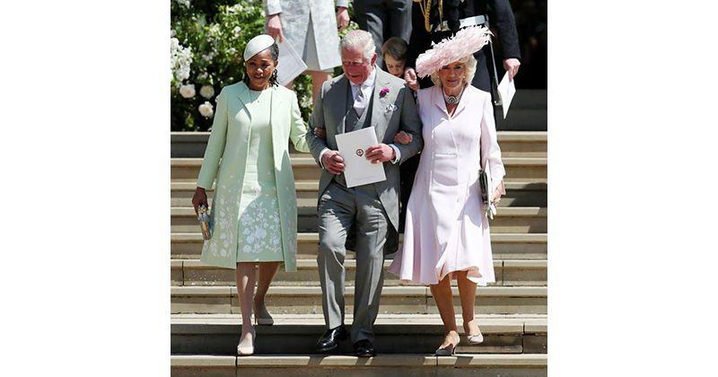6. Foto Doria Raglan bersama Pangeran Charles