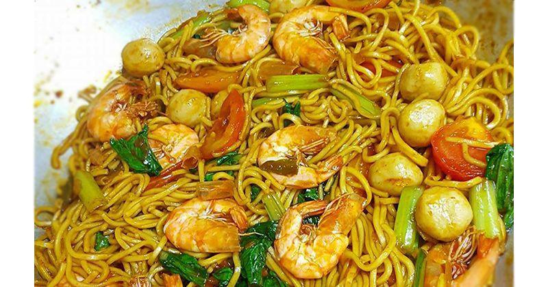 1. Resep Mie Goreng Seafood Basah