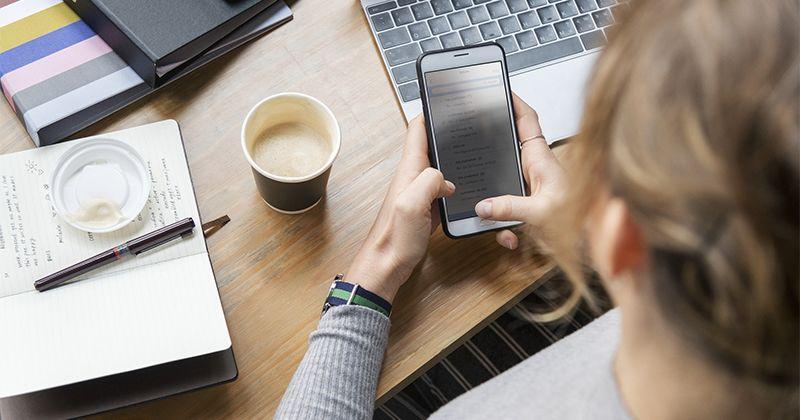 4. Penggunaan ponsel