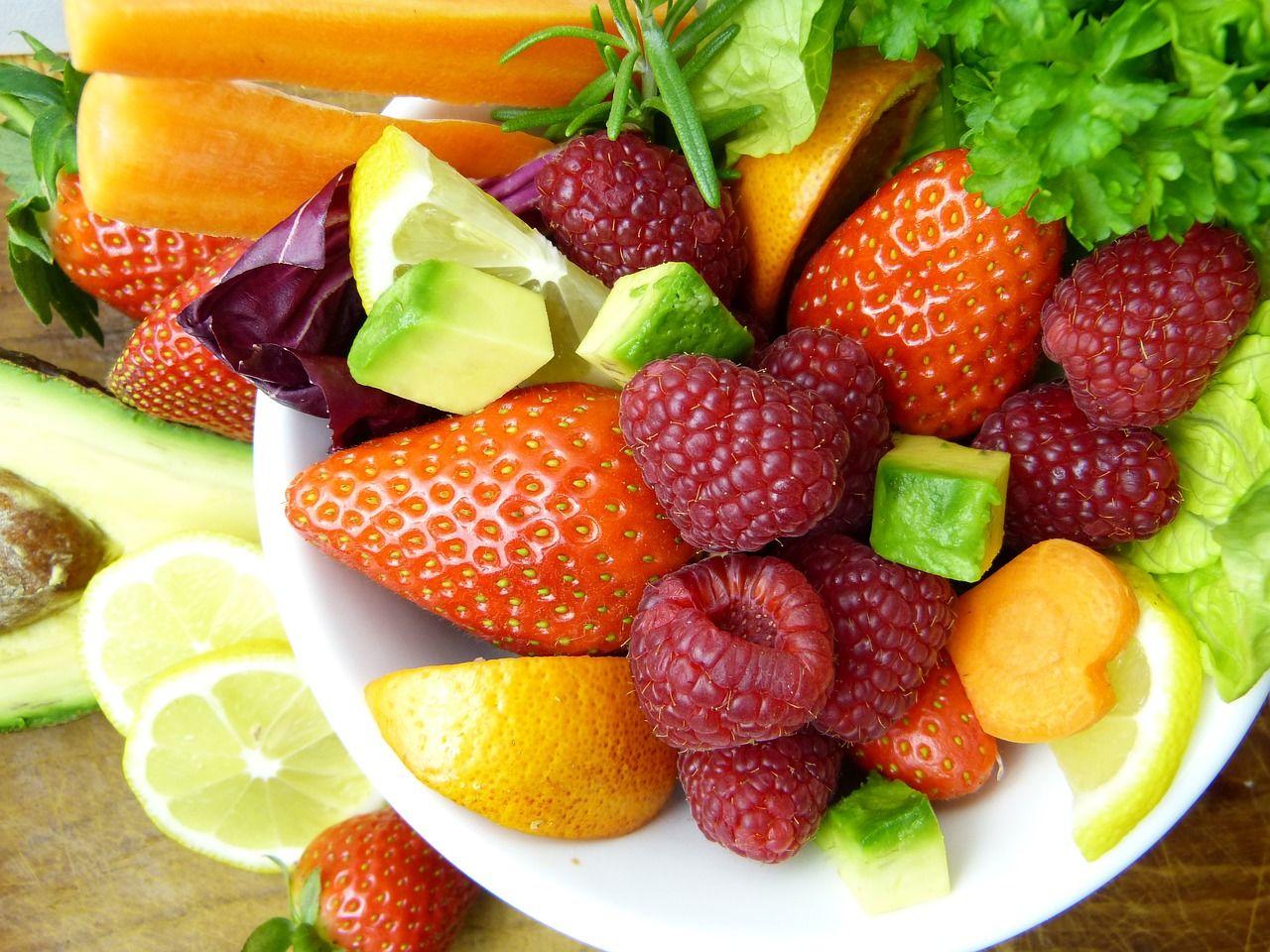 6. 2 porsi buah 2 porsi sayuran