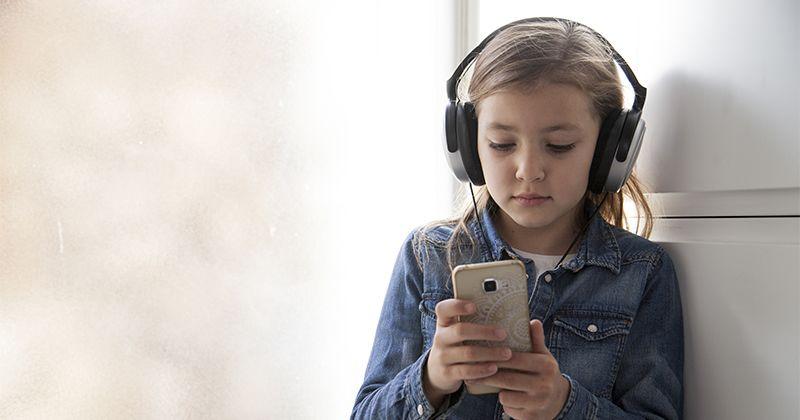 4. Ajari anak cara berhadapan distraksi