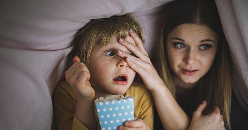 7 Nilai Plus Anak Suka Menonton Film Horor Kesehatan