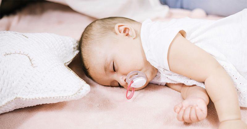8. Membantu bayi tidur lebih nyenyak