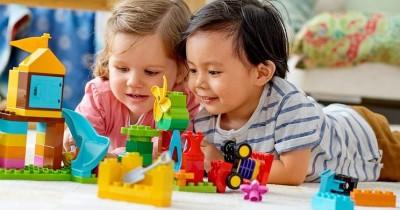 Beri Banyak Manfaat, Yuk Ajak Anak Bermain Lego