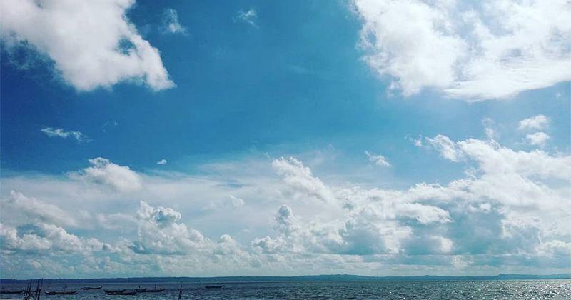 1. Pantai Kenjeran