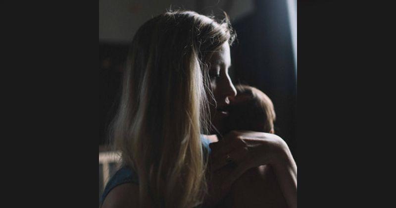 4. Mitos Ibu menyusui berhenti memberi ASI saat sedang sakit