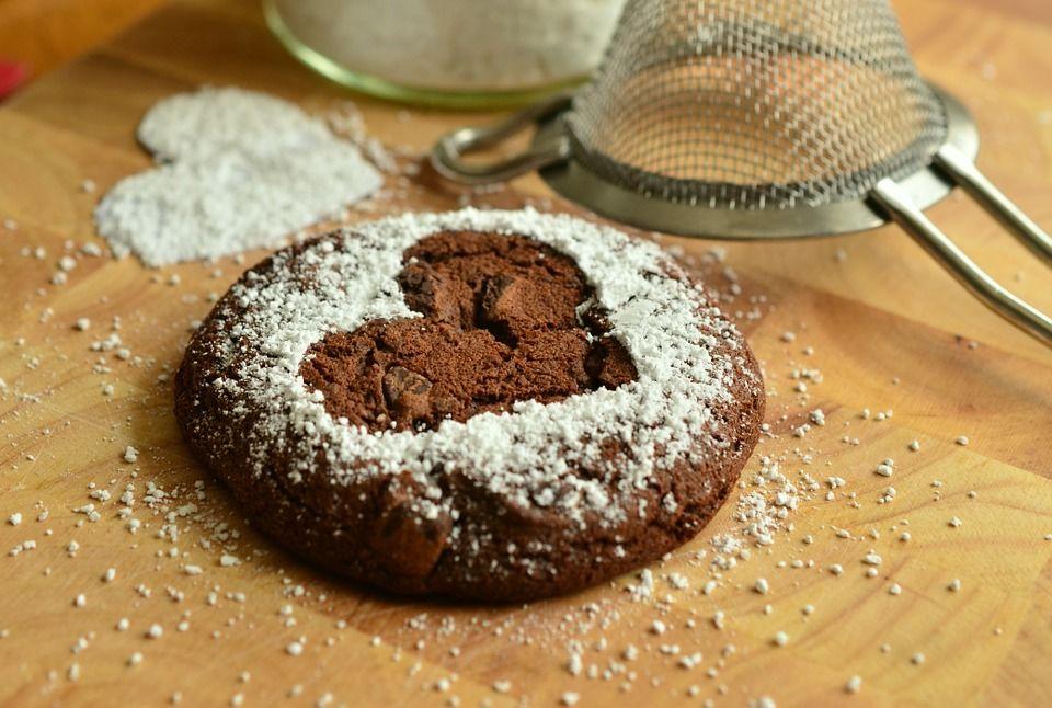 6. Batasi kue kering saat puasa
