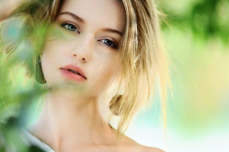 5. Mata mudah berair terasa berbayang