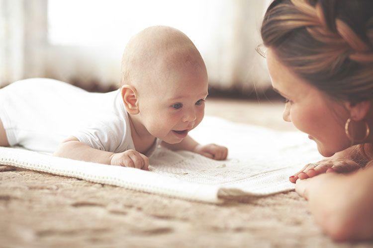 Terbukti Secara Medis Tummy Time Bisa Membuat Bayi Cerdas