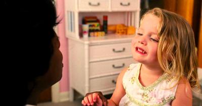 Tak Bisa Sembarangan! Ini Lho, 5 Cara Jitu Memilih Baby Sitter Terbaik