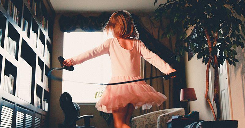 5. Tetap bisa mengikuti perkembangan anak