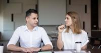 5 Cara Tepat Berbagi Urusan Domestik Suami