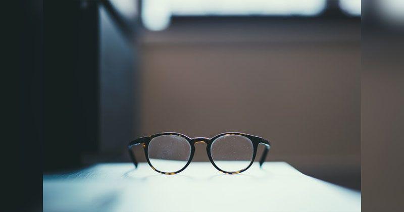 5. Sediakan kacamata cadangan
