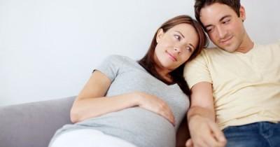 5 Jenis Pantangan Suami Saat Istri Hamil, Mitos atau Fakta?