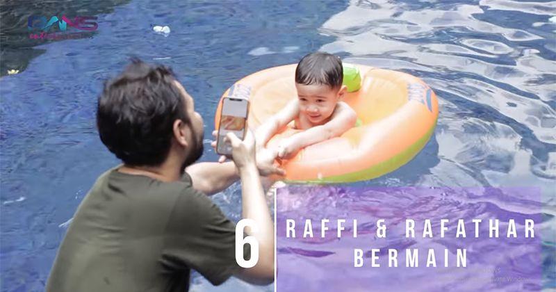 6. Menemani Rafathar berenang