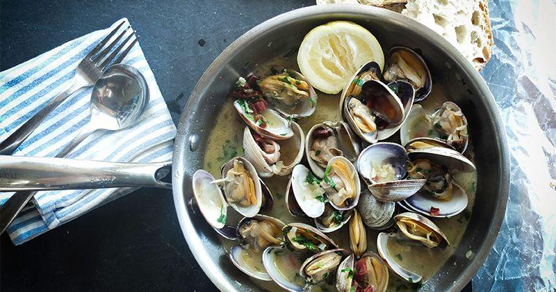 2. Makanan laut alias seafood