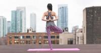 Ini Pose Yoga Aman Bermanfaat Trimester Awal Kehamilan
