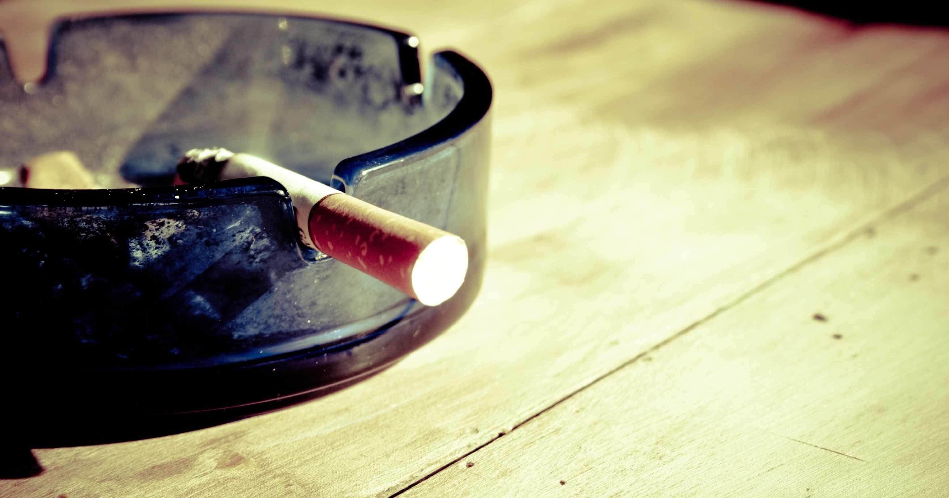5. Hindari asap rokok minuman beralkohol