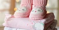 7 Benda Wajib Mama Bawa saat Mengajak Bayi Baru Lahir Bepergian