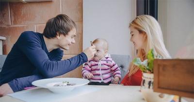 Ketahui 7 Ciri-Ciri Bayi Sudah Siap Menerima MPASI
