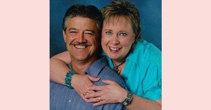 1. Menjalani pernikahan lebih dari 30 tahun