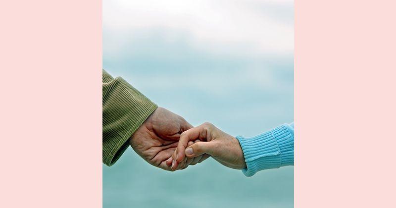2. Pasangan harmonis terlibat kegiatan kerohanian