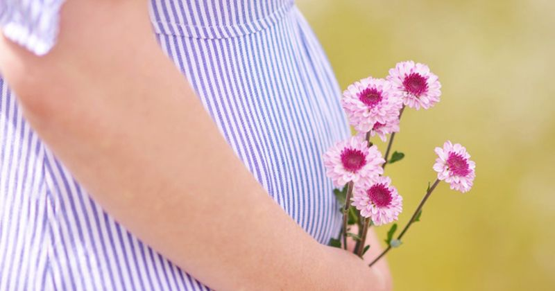 5. Mengandung bayi kembar