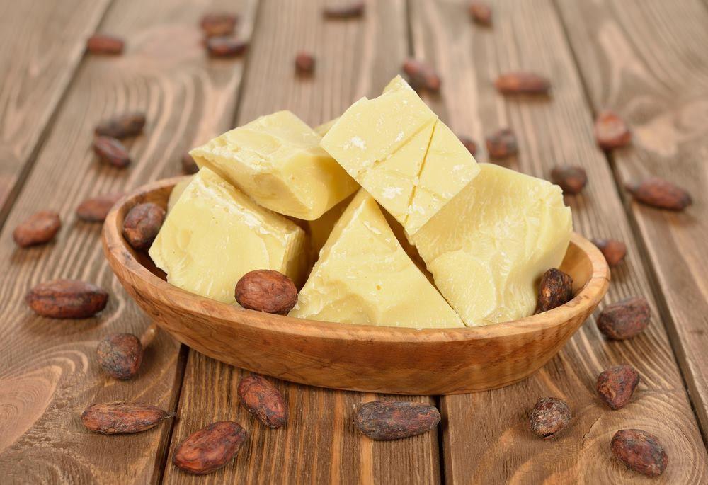 5. Selain menutrisi kulit, butter berguna atasi bibir kering