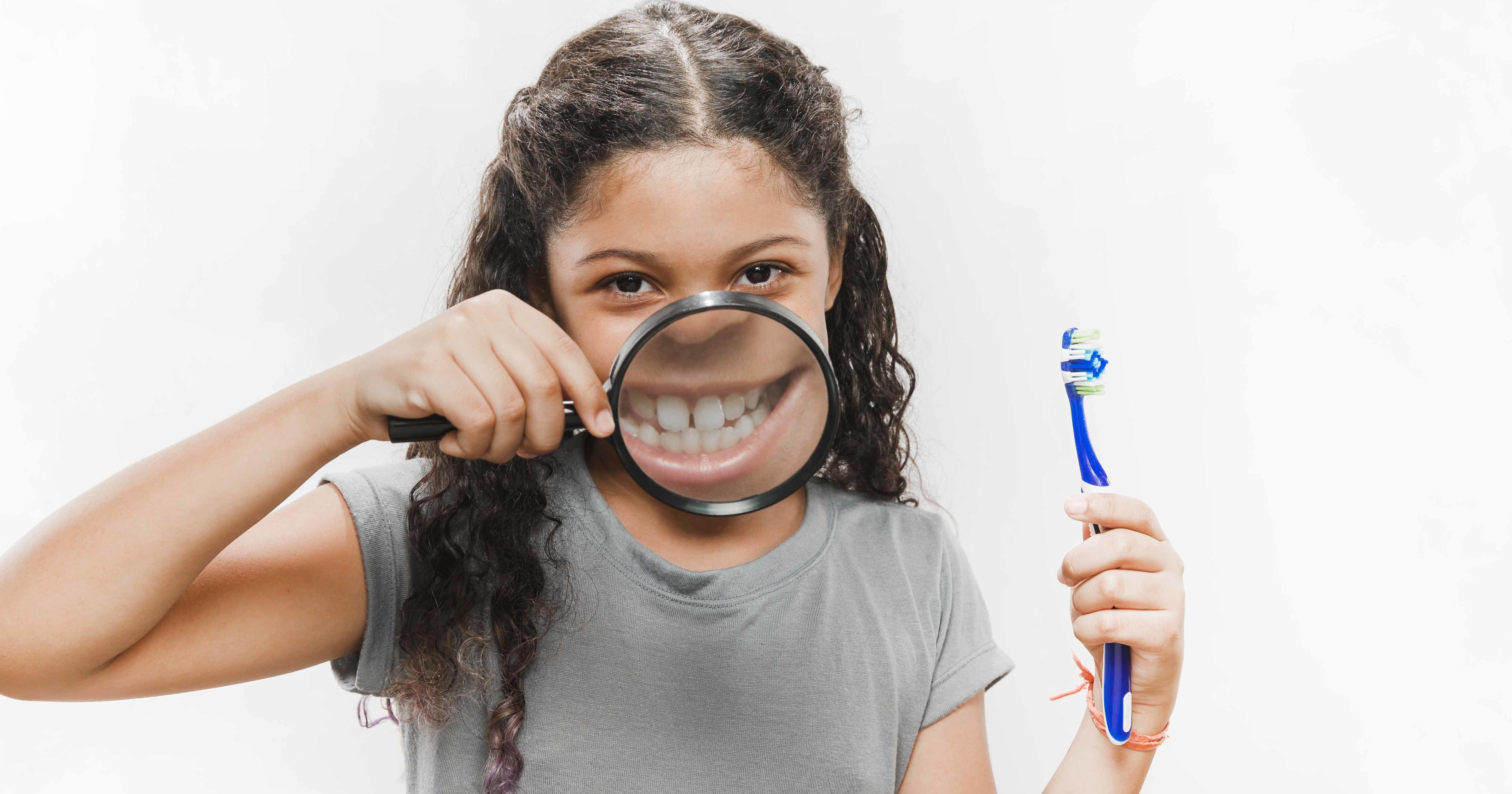 1. Biasakan ke dokter gigi sejak dini