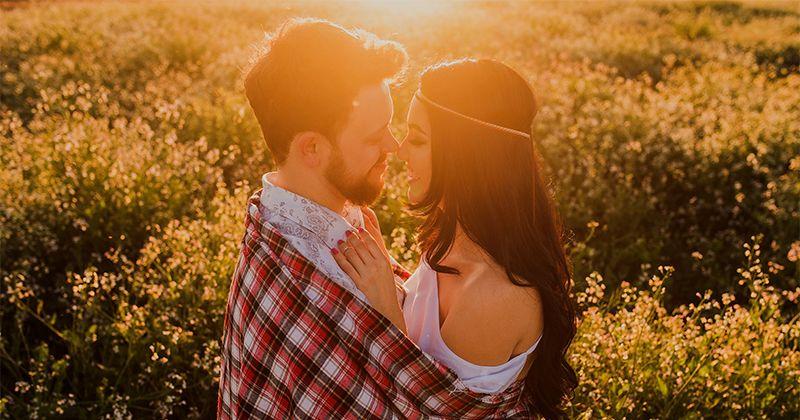 4. Berhenti membandingkan pasangan