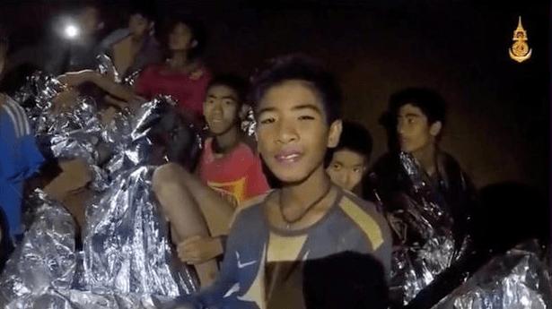 Hebat, Ini Cara Tim Sepak Bola Anak Bertahan 2 Minggu Gua Thailand