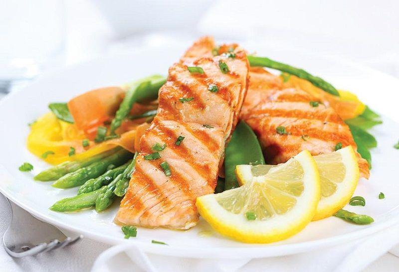 4. Mengonsumsi makanan kandungan omega 3