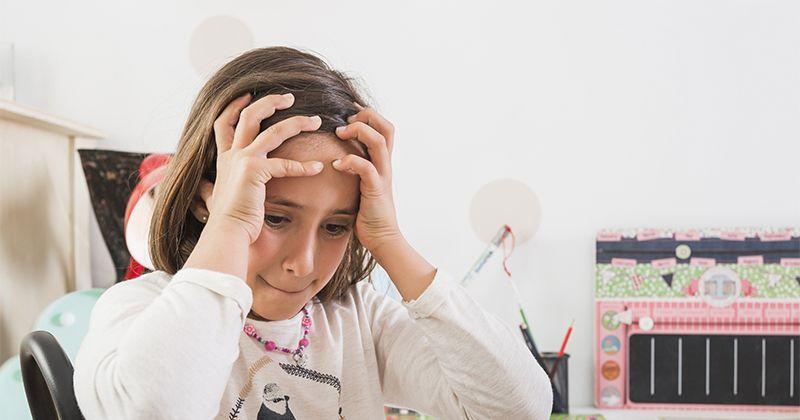 Studi Membuktikan PR adalah Penyebab Utama Stres Anak