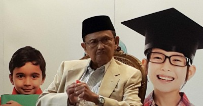 5 Nasihat B.J. Habibie Anak Indonesia