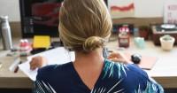 7 Tips Mudah Mengatasi Sakit Punggung saat Hamil Trimester Ketiga