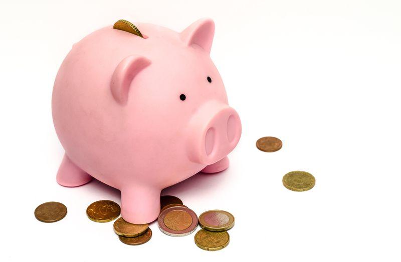 1. Mengajak rutin menabung