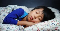 Kapan ya, Waktu Tepat Anak Tidur Kamar Sendiri