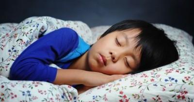 Kapan ya, Waktu yang Tepat untuk Anak Tidur di Kamar Sendiri?