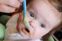 2. Sendok garpu aman mulut si Kecil