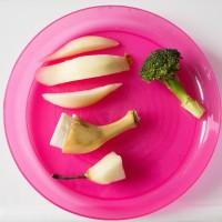 3. Piring mangkuk memiliki fitur antitumpah