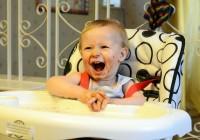 Rekomendasi 7 Perlengkapan Makan Paling Trendi Bayi Mama
