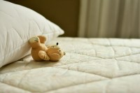 2. Merapikan tempat tidur, melatih anak meraih suksesnya