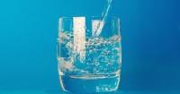 5. Minum air putih cegah dehidrasi