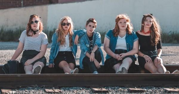 7 Masalah Yang Sering Bikin Bingung Remaja Bantu Mereka Dengan Ini Popmama Com