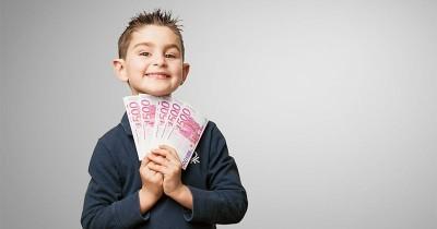Sebelum Terlambat, Begini 5 Cara Memperkenalkan Uang Kepada Anak